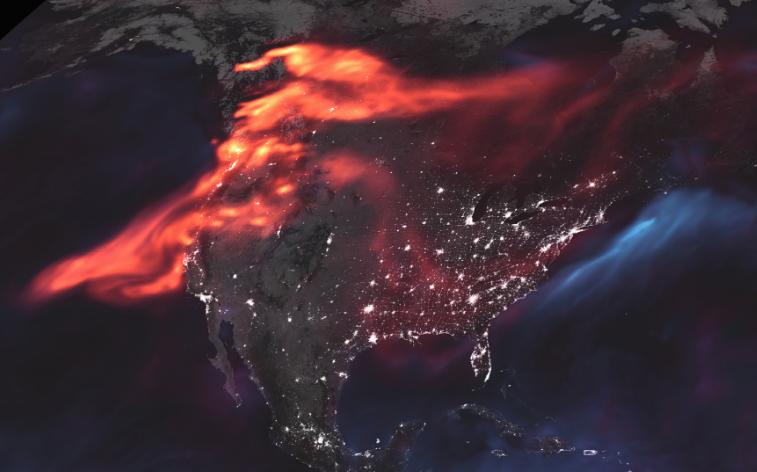 La huella en la atmósfera de los fuegos forestales en Estados Unidos y Canadá (Foto: NASA)