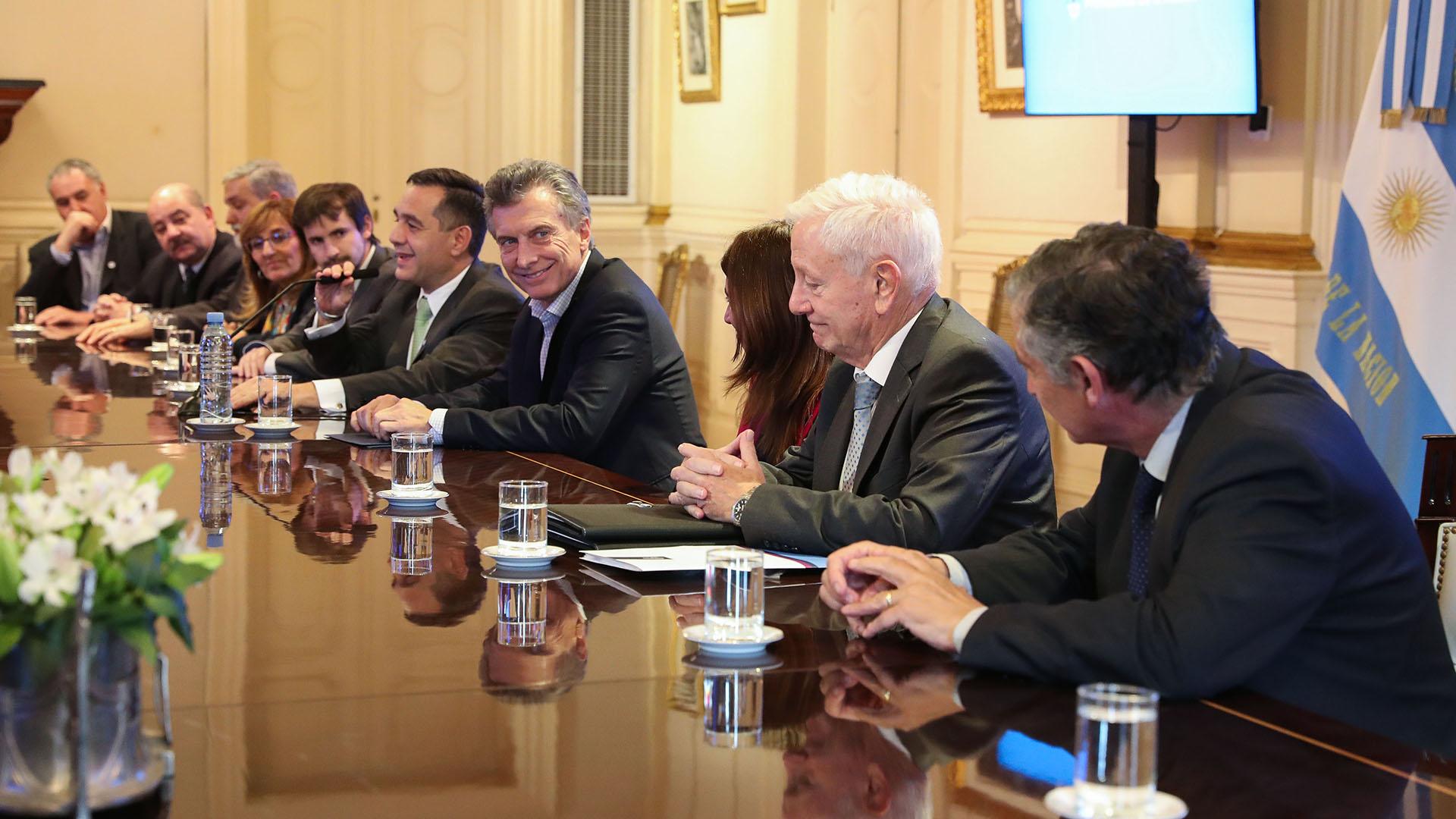Mauricio Macri reunido con los rectores universitarios