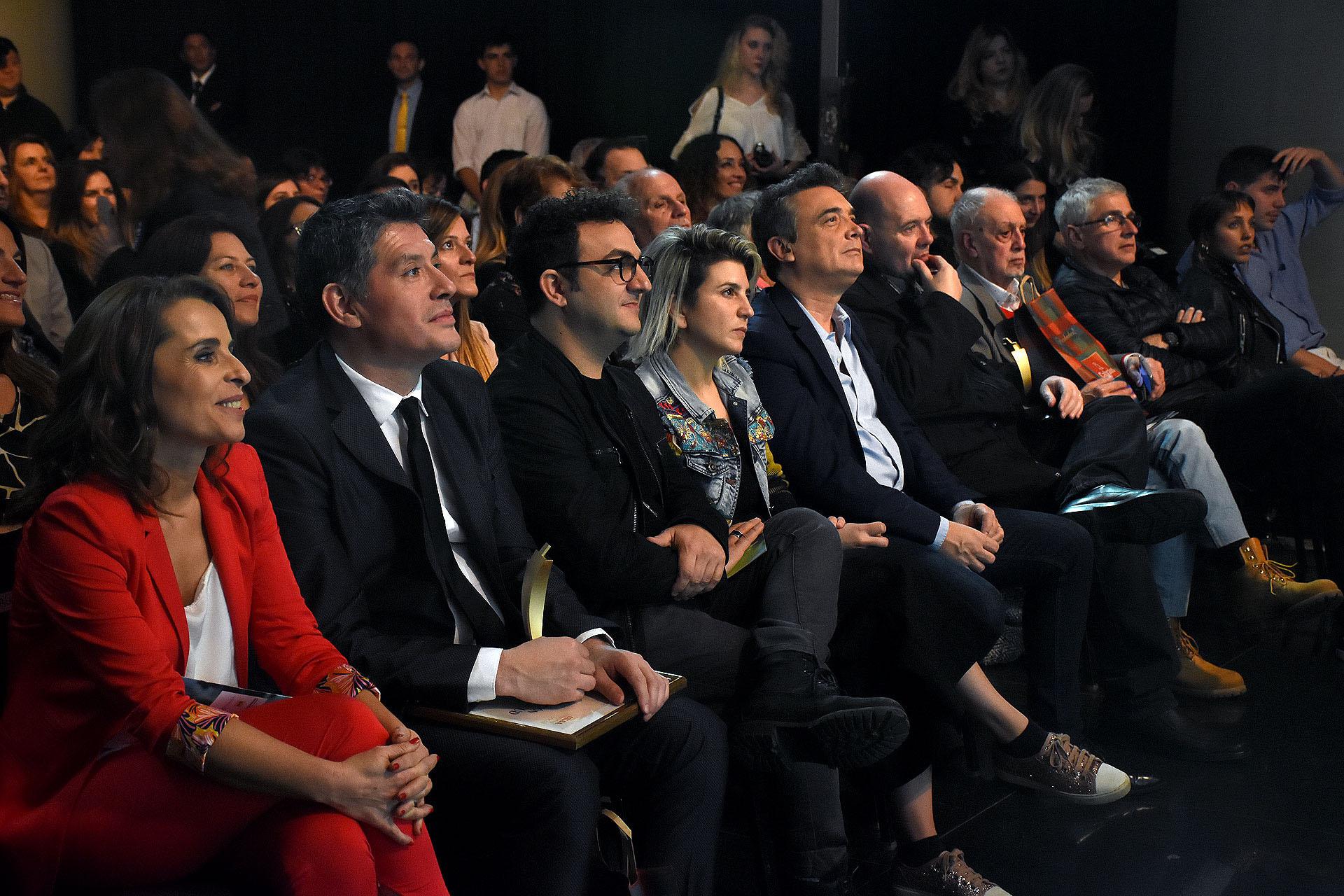La primera fila durante la ceremonia de entrega de premios