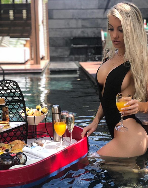Fotos Kirra Longmuir nude (43 photo), Pussy, Paparazzi, Selfie, braless 2017