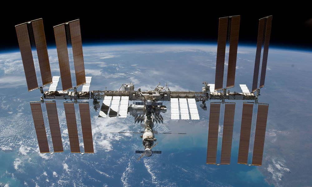 Foto de archivo: Vista de la Estación Espacial Internacional (EEI) (Crédito: NASA)