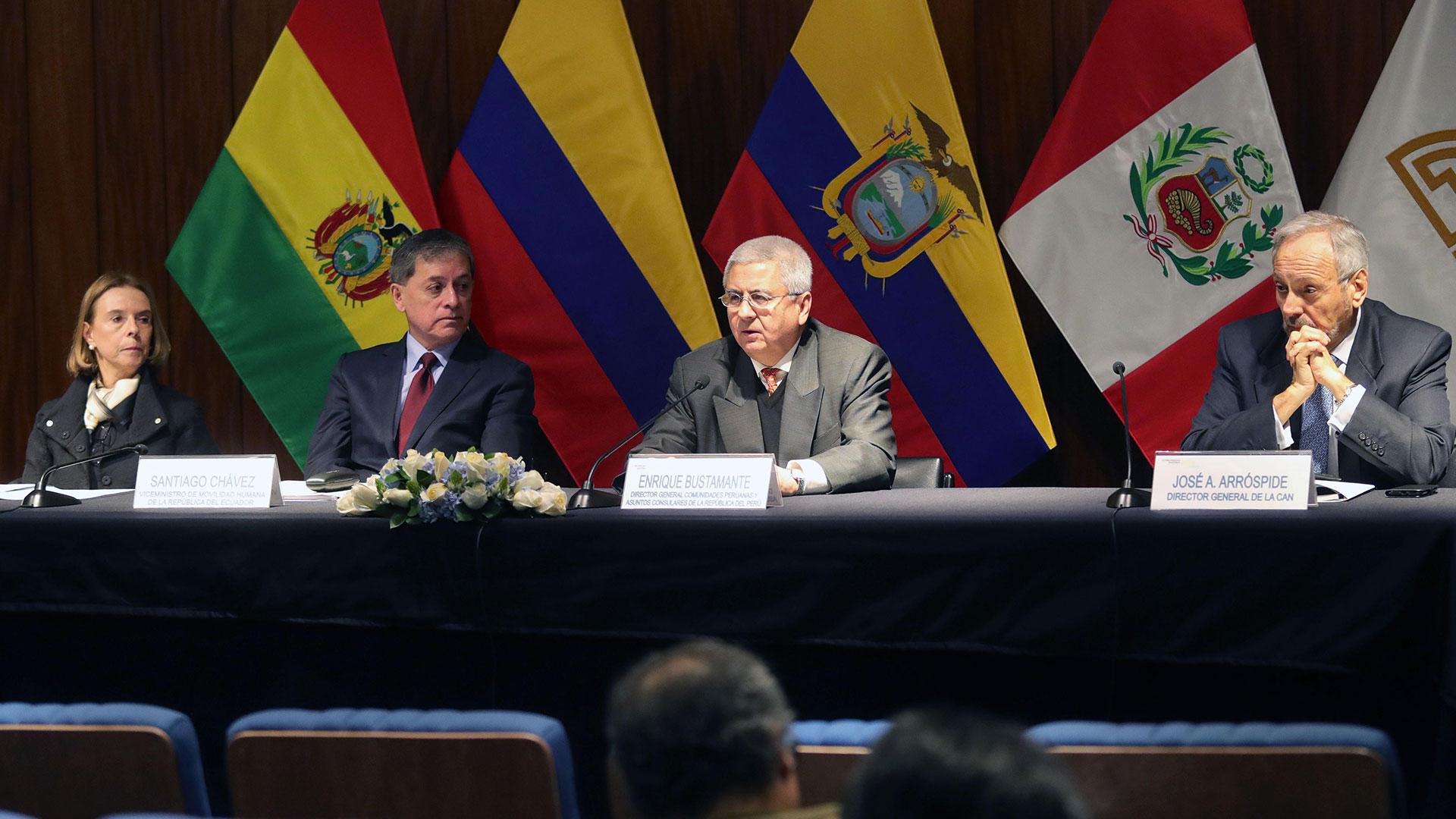 Representantes de Perú, Colombia y Ecuador ratificaron su compromiso con la migración venezolano (EFE)