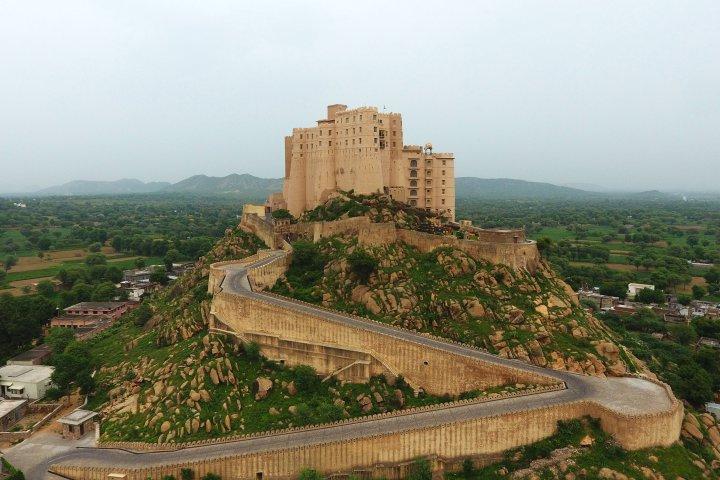 La fortaleza de Jaipur fue convertida en hotel hace siete años. (Alila Fort Bishangarh)