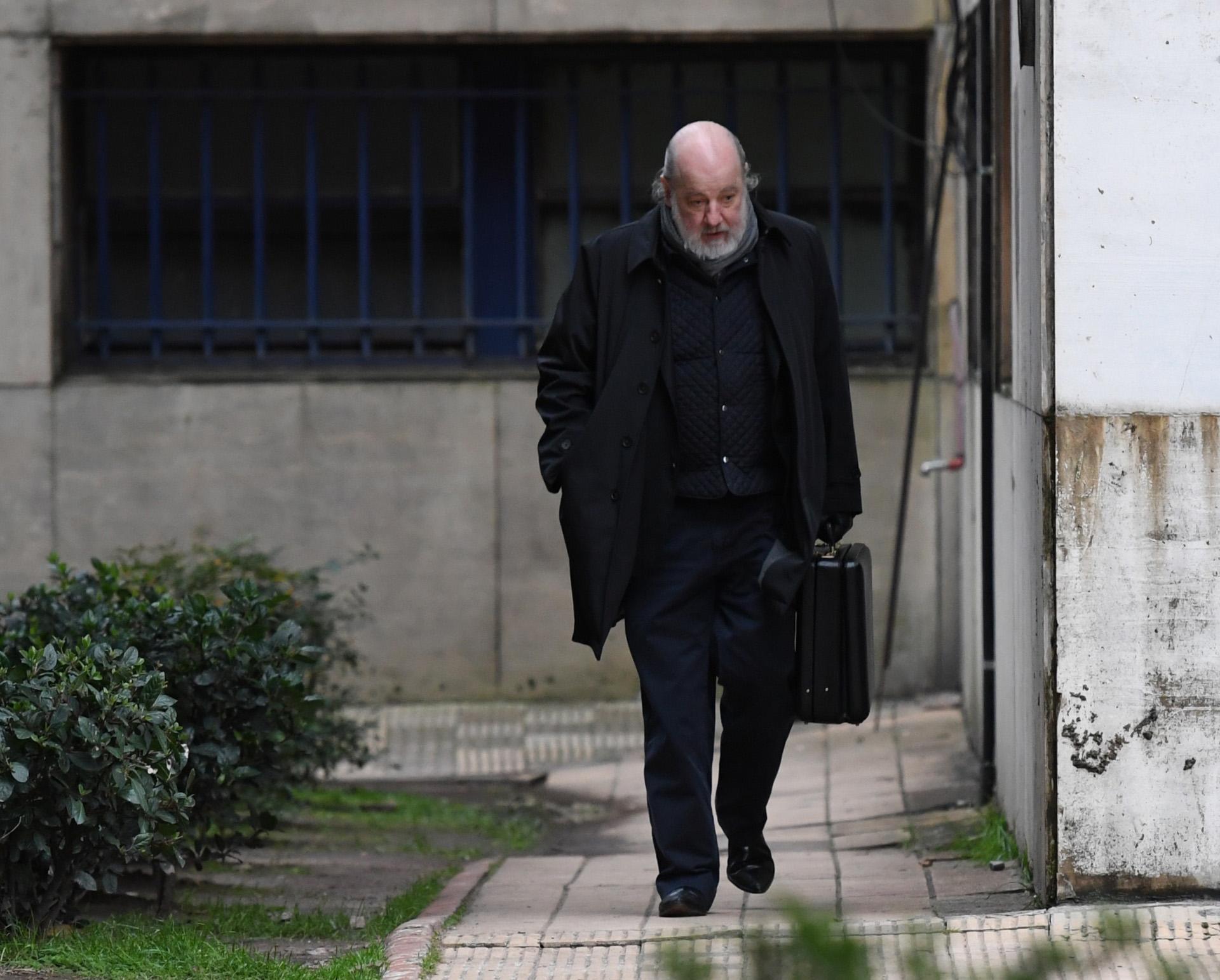 El juez Claudio Bonadio saliendo de Comodoro Py (foto Maximiliano Luna)