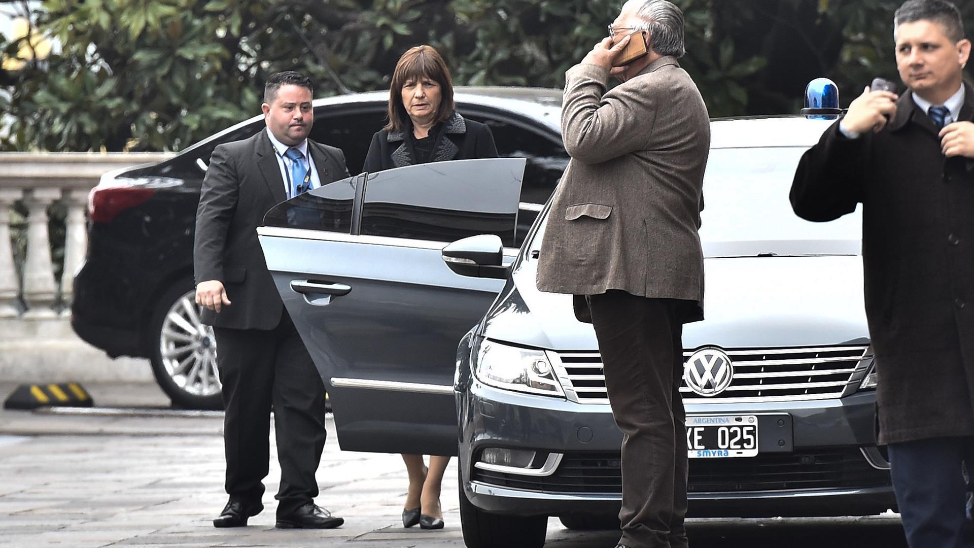 Patricia Bullrichse sostuvo al frente del Ministerio de Seguridad pese a que durante el fin de semana sedijo que pasaba a ser secretaria de Estado