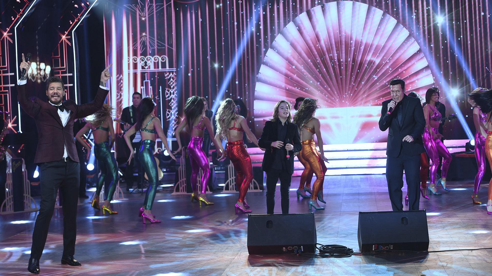 """El show de Izan Llunas y Martín Bossi, como Luis Miguel, en el regreso de """"ShowMatch"""""""