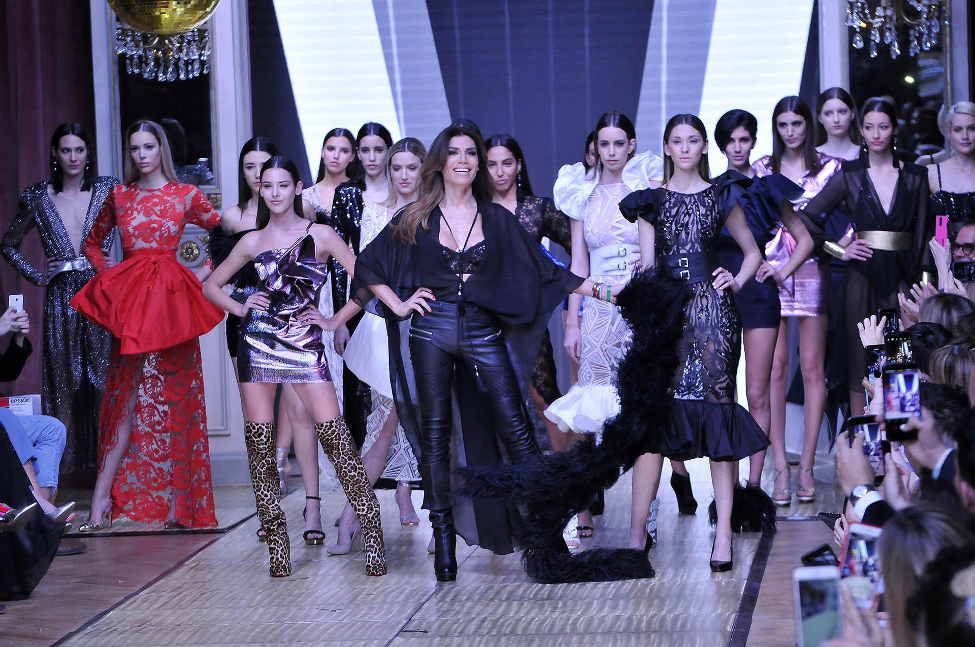 En el Fashion Week, Florencia de la V debutó como diseñadora con su marca Madame V con un desfile que se realizó en el hotel Alvear (Teleshow)