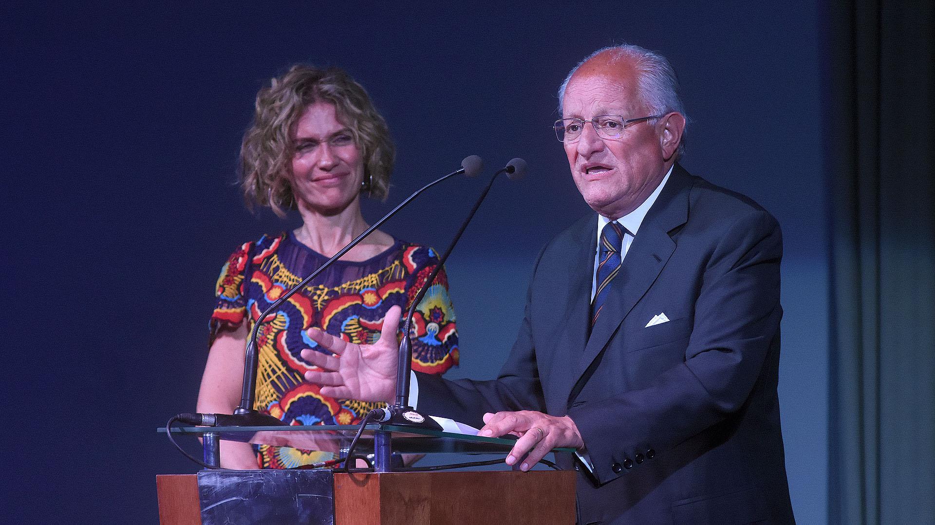 El modelo chileno (Centros de Tratamiento) fue complementado en la Argentina con los Centros de Prevención de Desnutrición Infantil y Promoción Humana