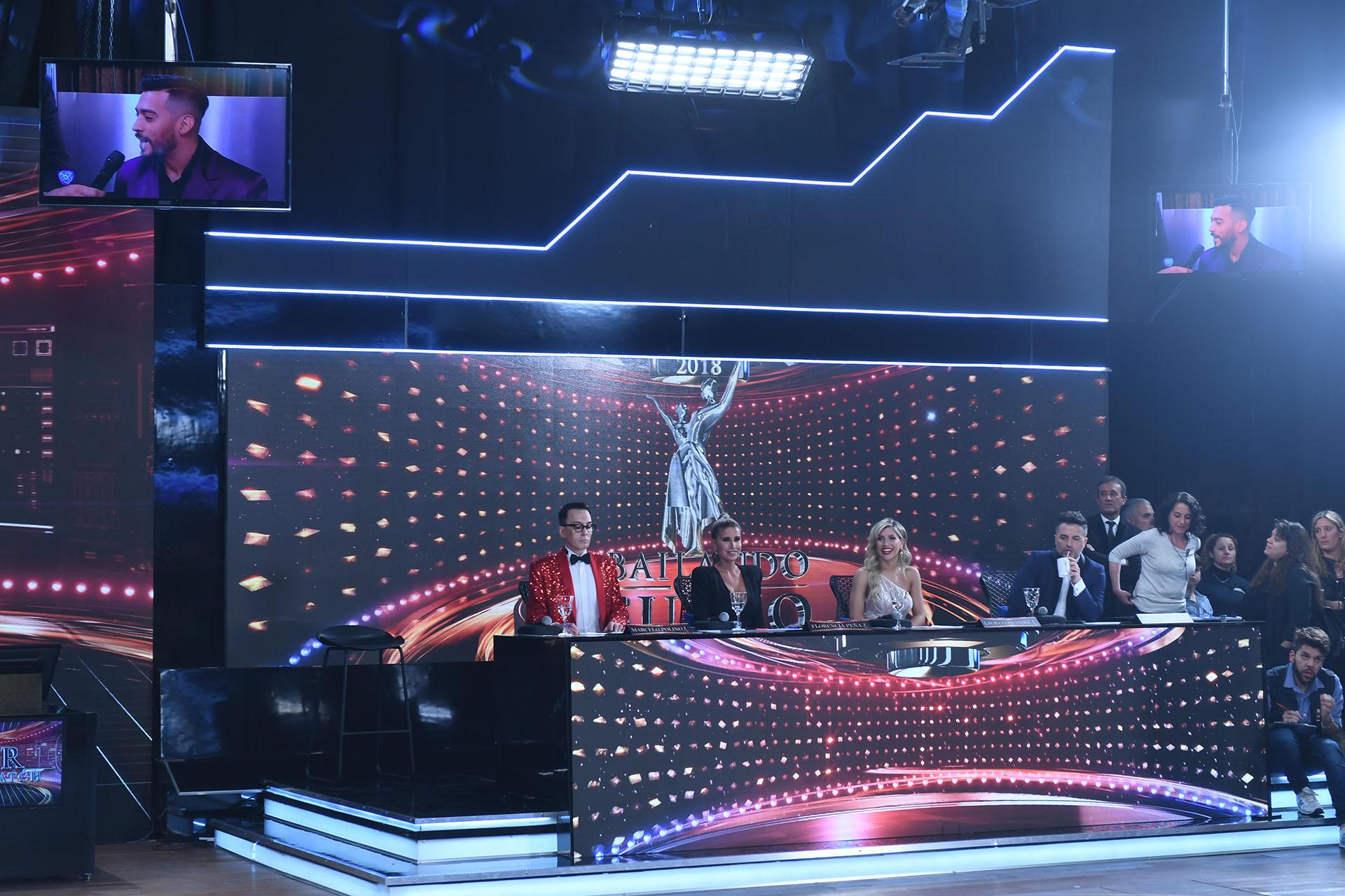 El nuevo jurado del Bailando, con Marcelo Polino, Florencia Peña, Laurita Fernández y Ángel de Brito (Crédito de Fotos: Prensa LaFlia)