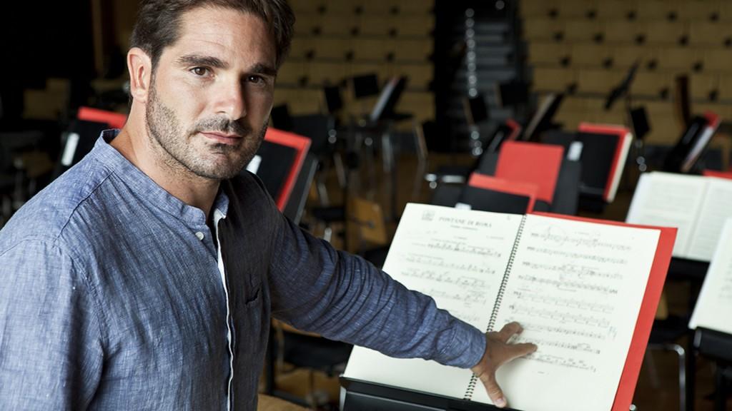 Orquesta Sinfonica Nacional junto a la Companía Nacional de Danza Contemporánea