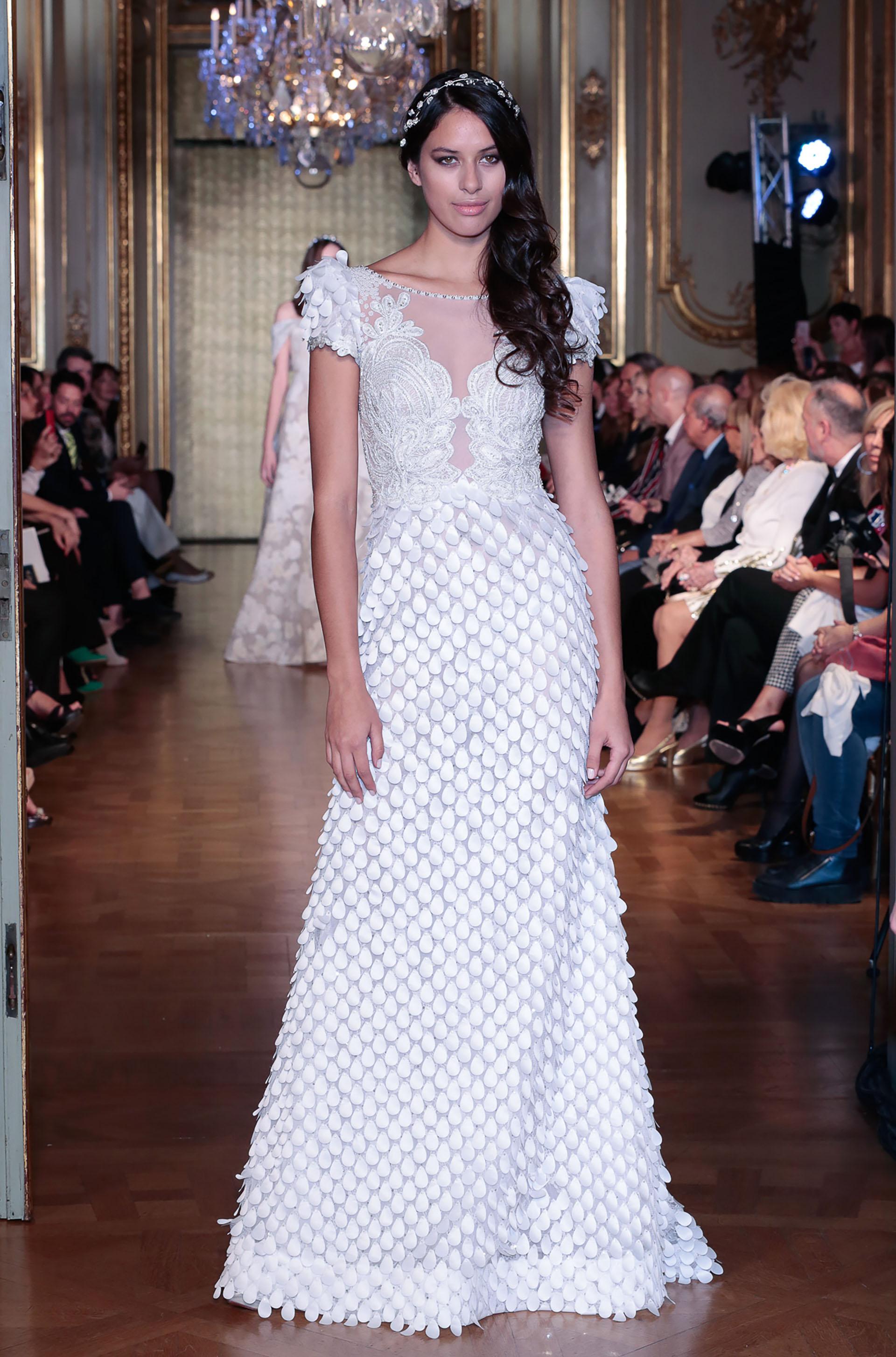 """Junto a """"Dancers"""", se reveló""""White Bride Limited Edition"""" una delicada, refinada, lozana y selecta colección de novias, lista para deslumbrar el día de la boda"""