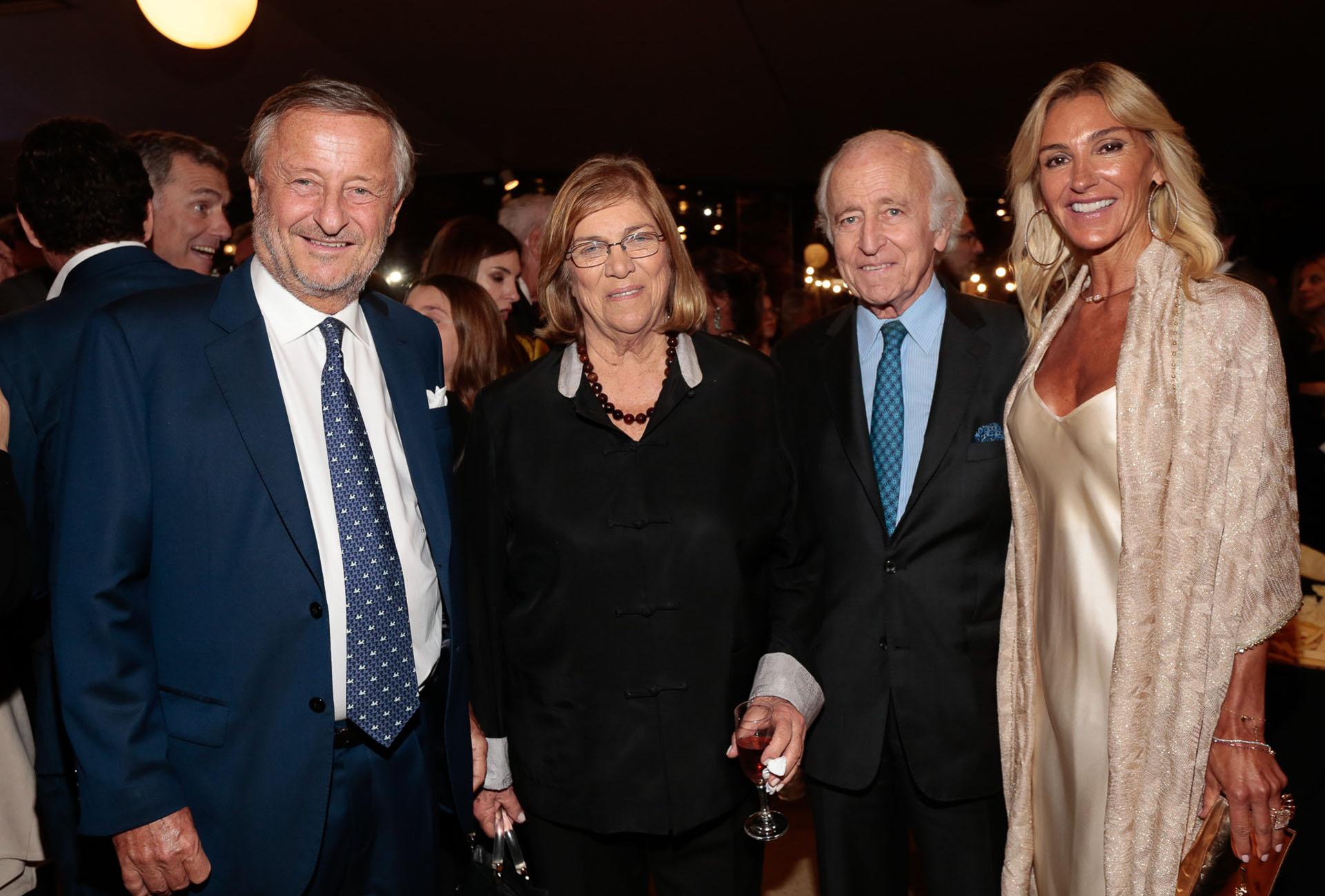Cristiano Rattazzi, la legisladora Lía Rueda, Santiago Soldati y Gabriela Castellani