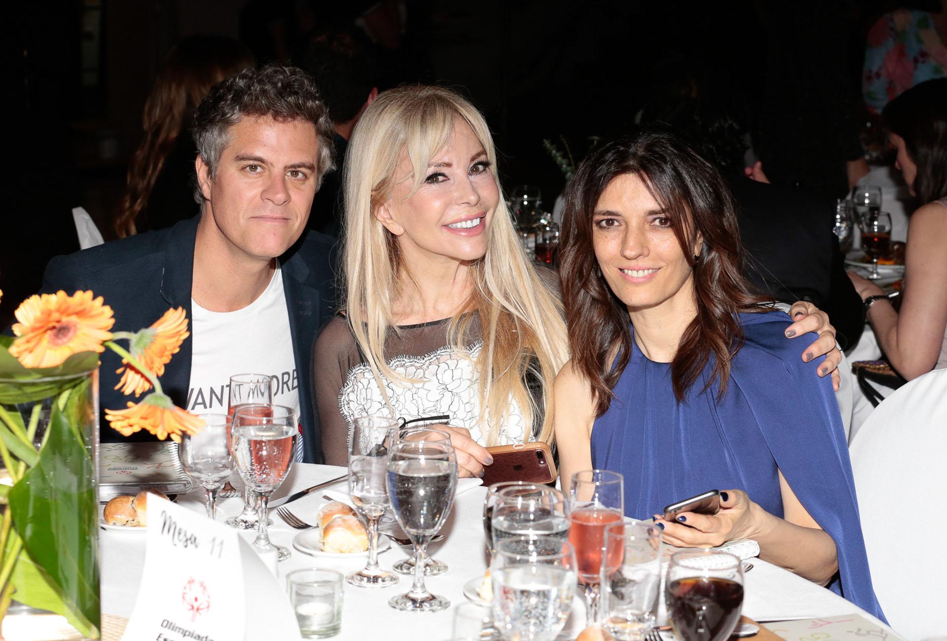 Mike Amigorena, Graciela Alfano y María Socas