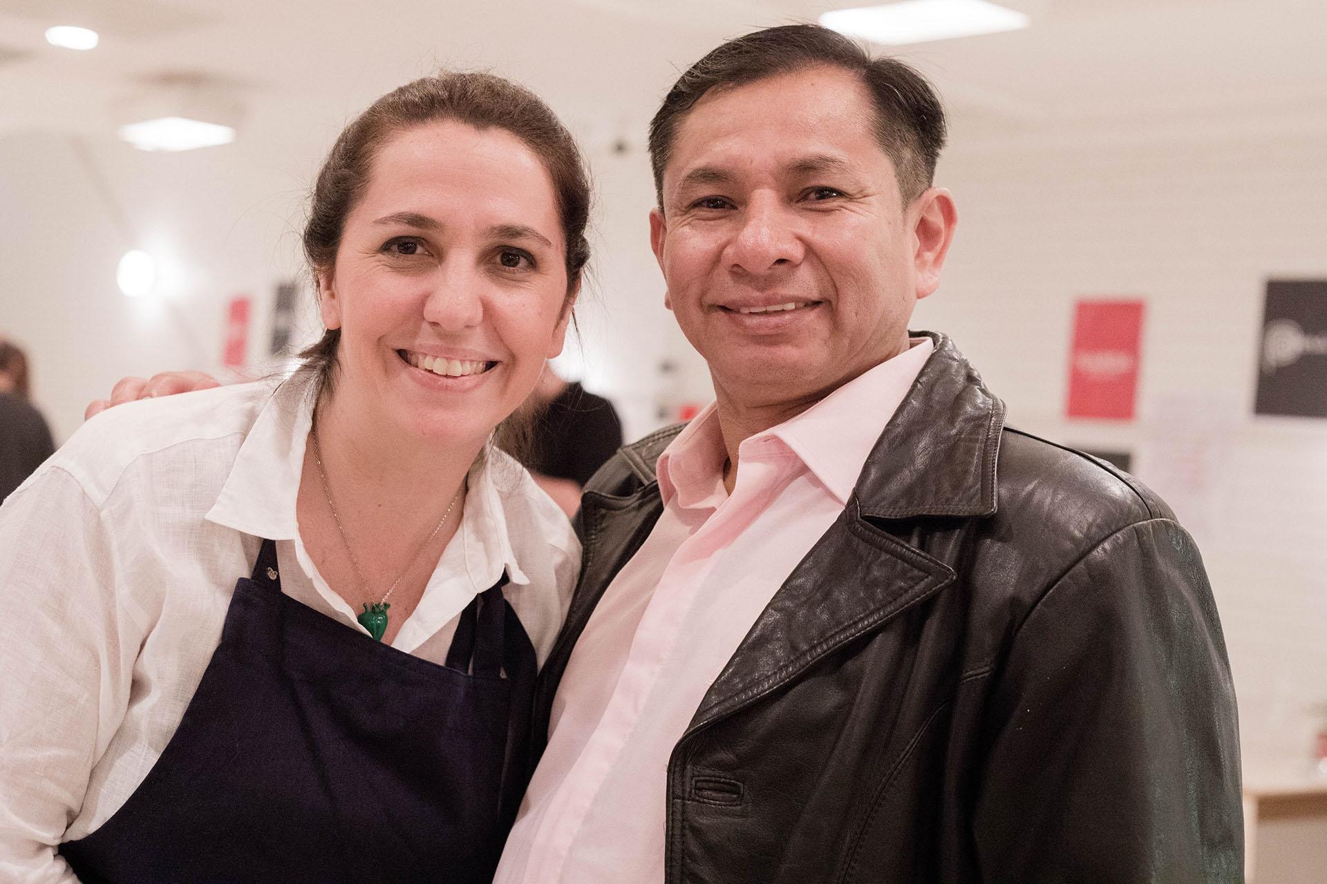 Narda Lepes y Jose Luis Zapata, chef de Las Palmeras, el restaurant peruano emplazado en la Villa 31