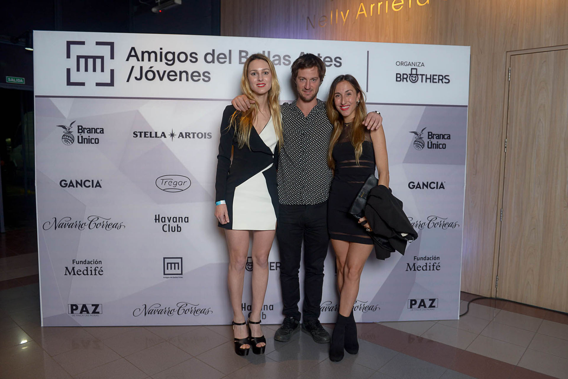 Nieves Zuberbuhler, Santiago Tanoira e Isabel Tassara