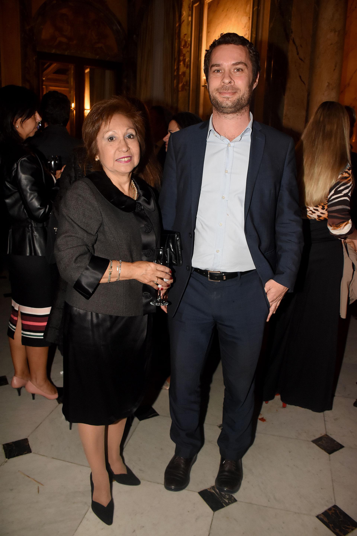 Lila Roldán Vázquez, coordinadora administrativa de Género en el G20, y Tomás Kroyer
