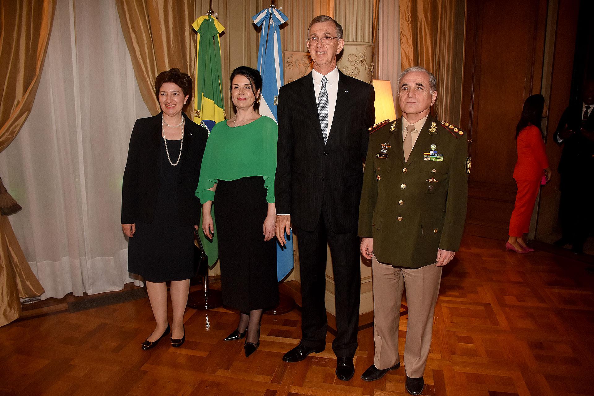 El jefe del Estado Mayor Conjunto de las Fuerzas Armadas, teniente general Bari del Valle Sosa