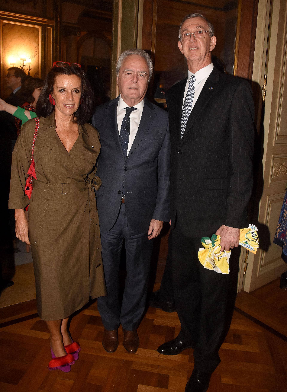 Carolina Barros (Corporación América), Federico Pinedo y el embajador Danese