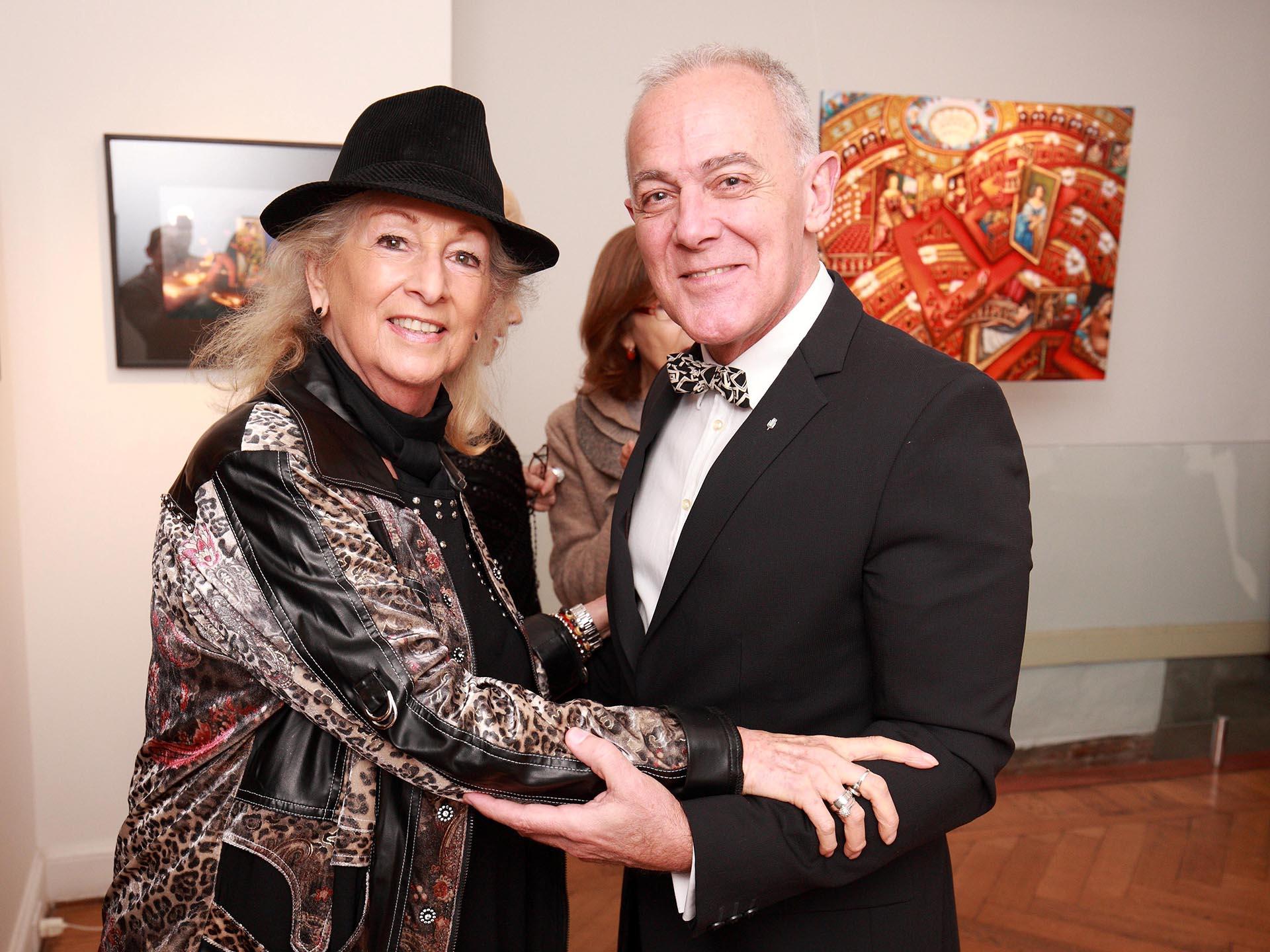 La artista Lily Brodesky y Martin Wullich