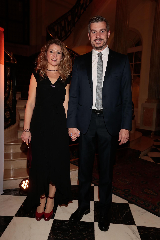 El jefe de Gabinete, Marcos Peña, y su mujer Luciana Mantero