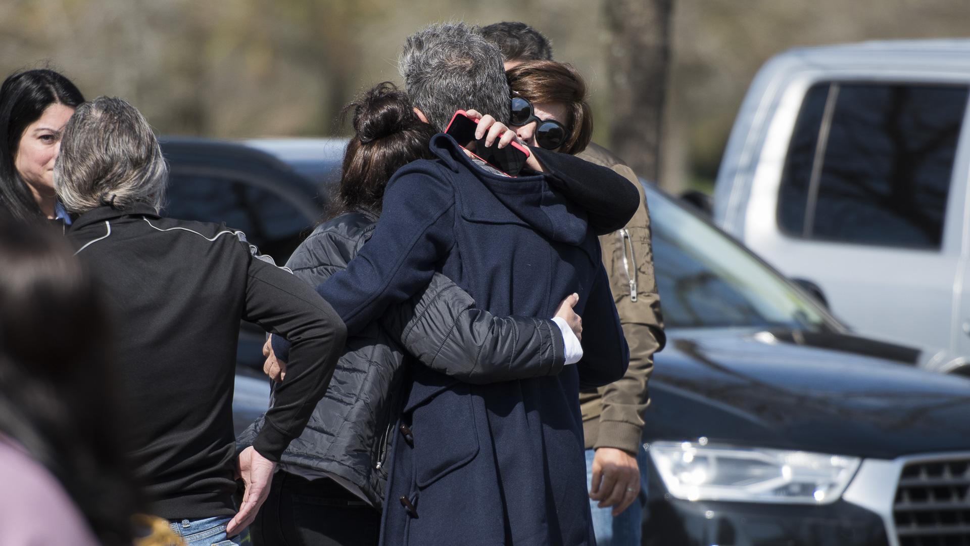 """La actriz recibió permanentemente muestras de afecto y de apoyo de todos los presentes: """"Fue la mejor mamá del mundo"""""""