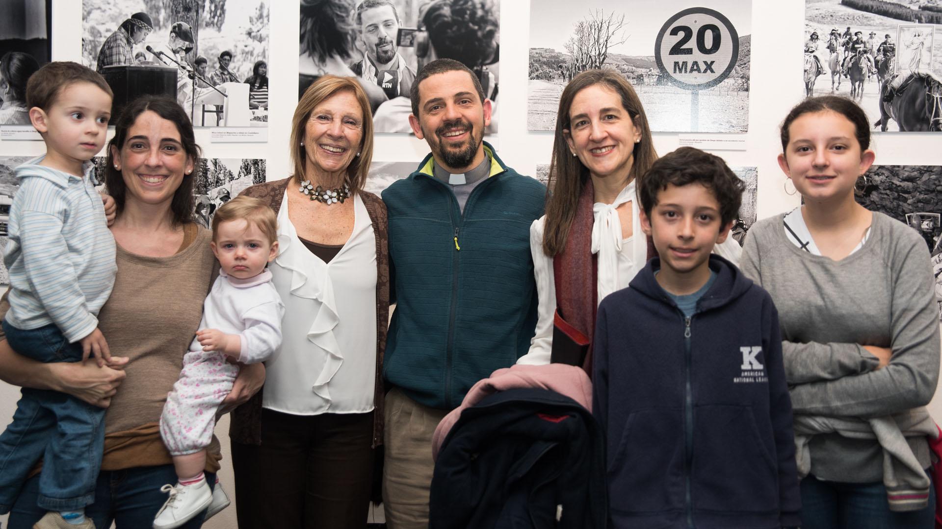 Familia del Padre Diego Canale – Madre, hermanos y sobrinos