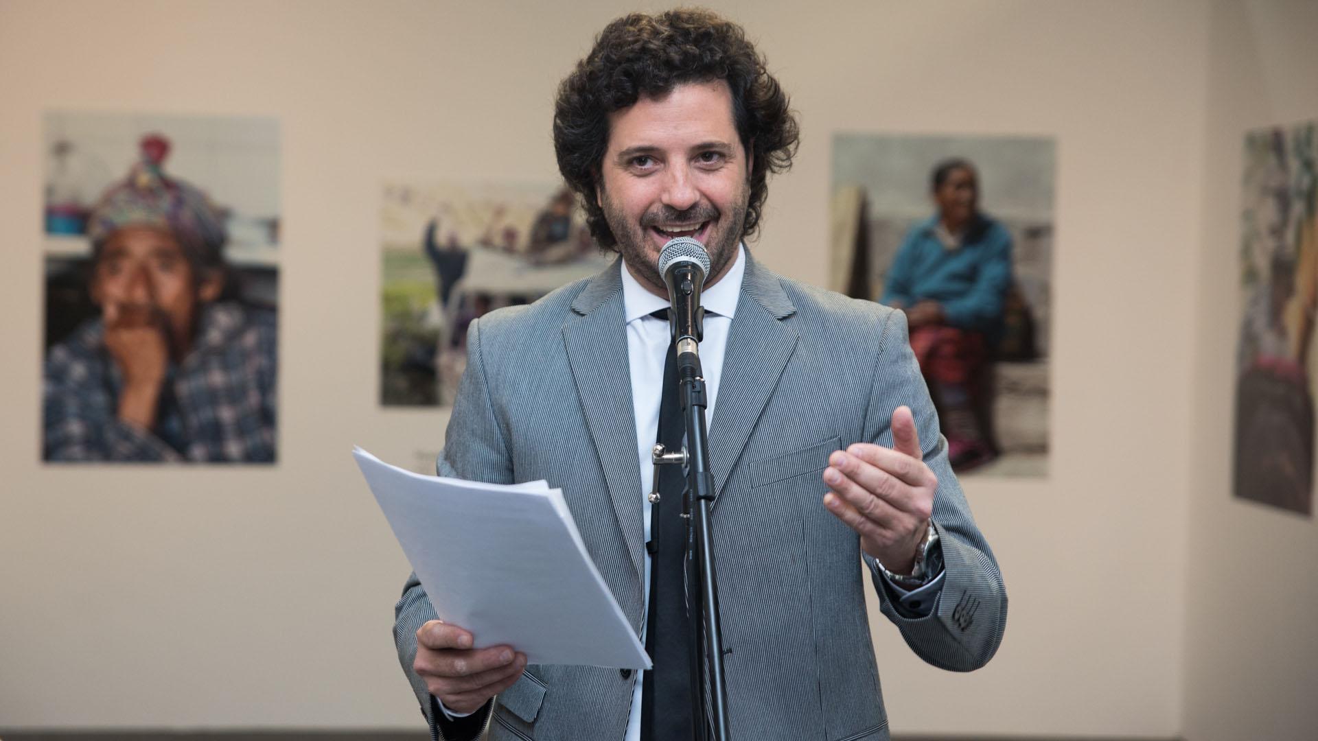 En colaboración con #BAxA Julián La Bruna condujo la ceremonia y el conversatorio