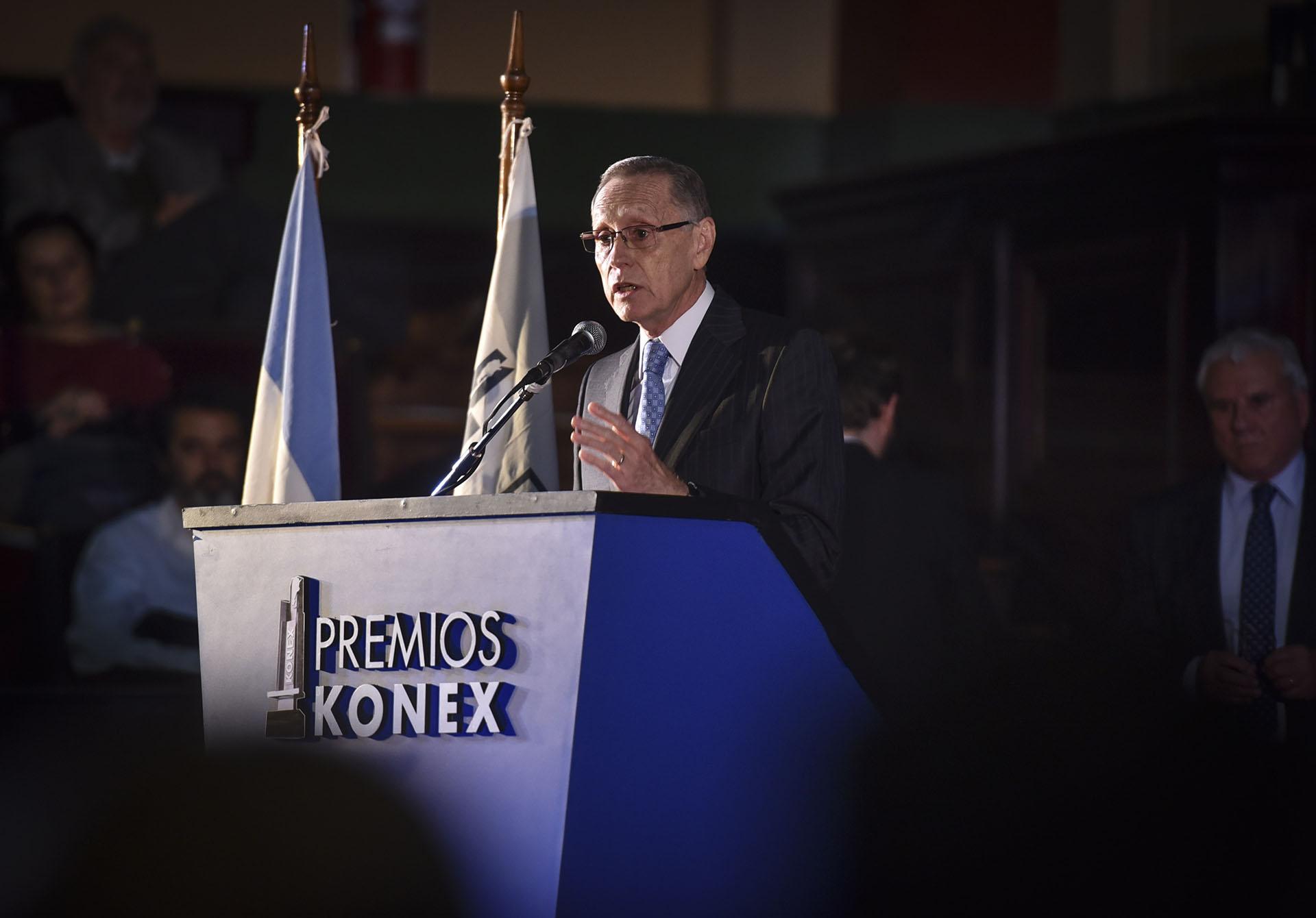 El presidente del Gran Jurado de los Premios Konex 2018: Instituciones-Comunidad-Empresa, Adalberto Rodríguez Giavarini (Konex 1998: Administradores Públicos. Jurado Premios Konex 2008). En su 39° edición, es el turno de la actividad Instituciones-Comunidad-Empresa y se premian a los 5 mejores exponentes en cada una de las 20 disciplinas en las se divide la actividad