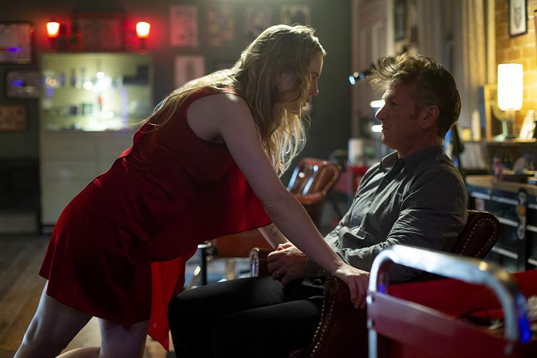 Este es el primer papel protagónico de Sean Penn en una serie de televisión.