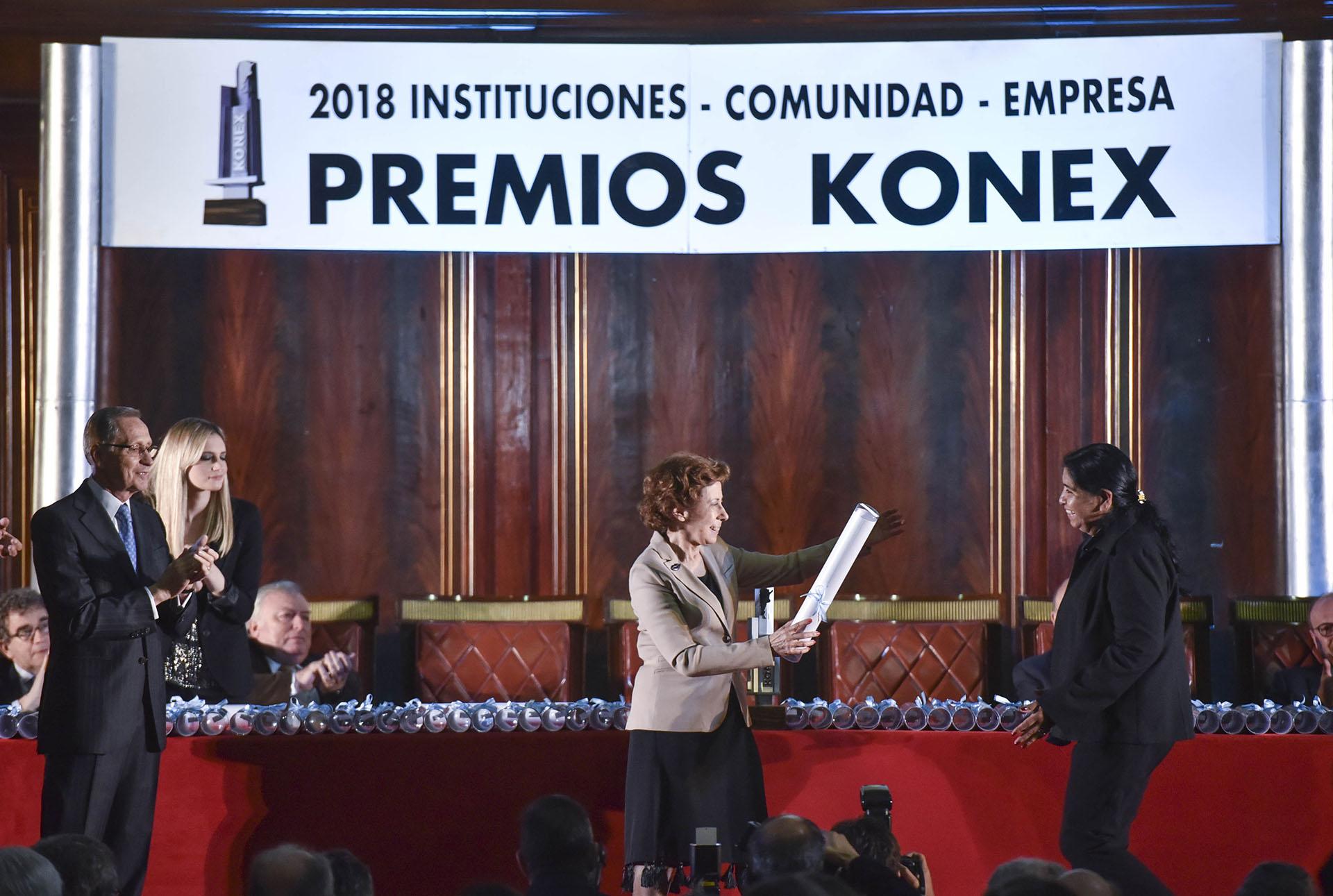 Clara Mariño y Margarita Barrientos