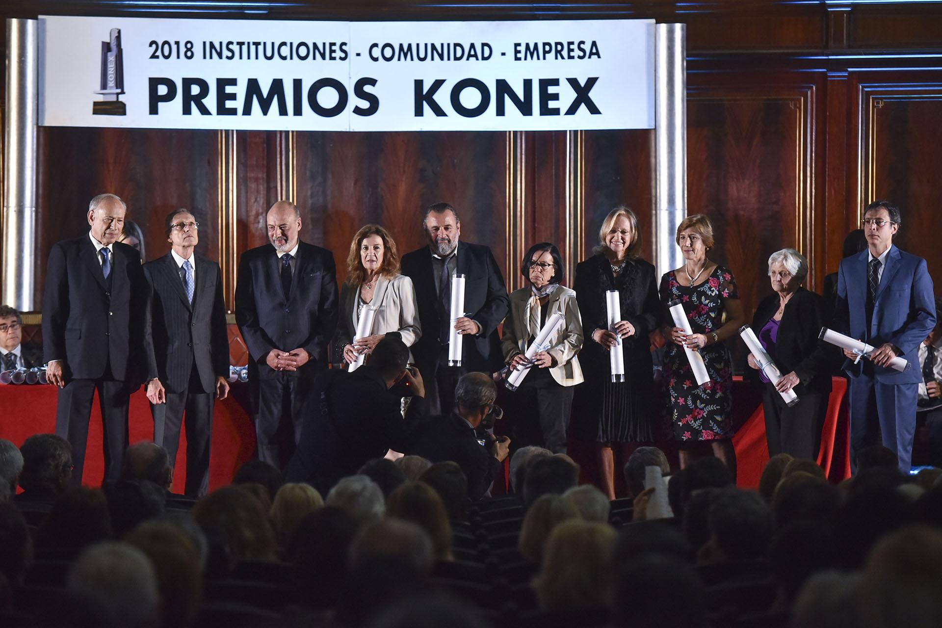 Magistrados: José María Campagnoli, Horacio Cattani, Graciela Aída González, Hilda Kogan, María José Sarmiento, Carmen Argibay (Post Mortem) y Julio César Strassera (Post Mortem)