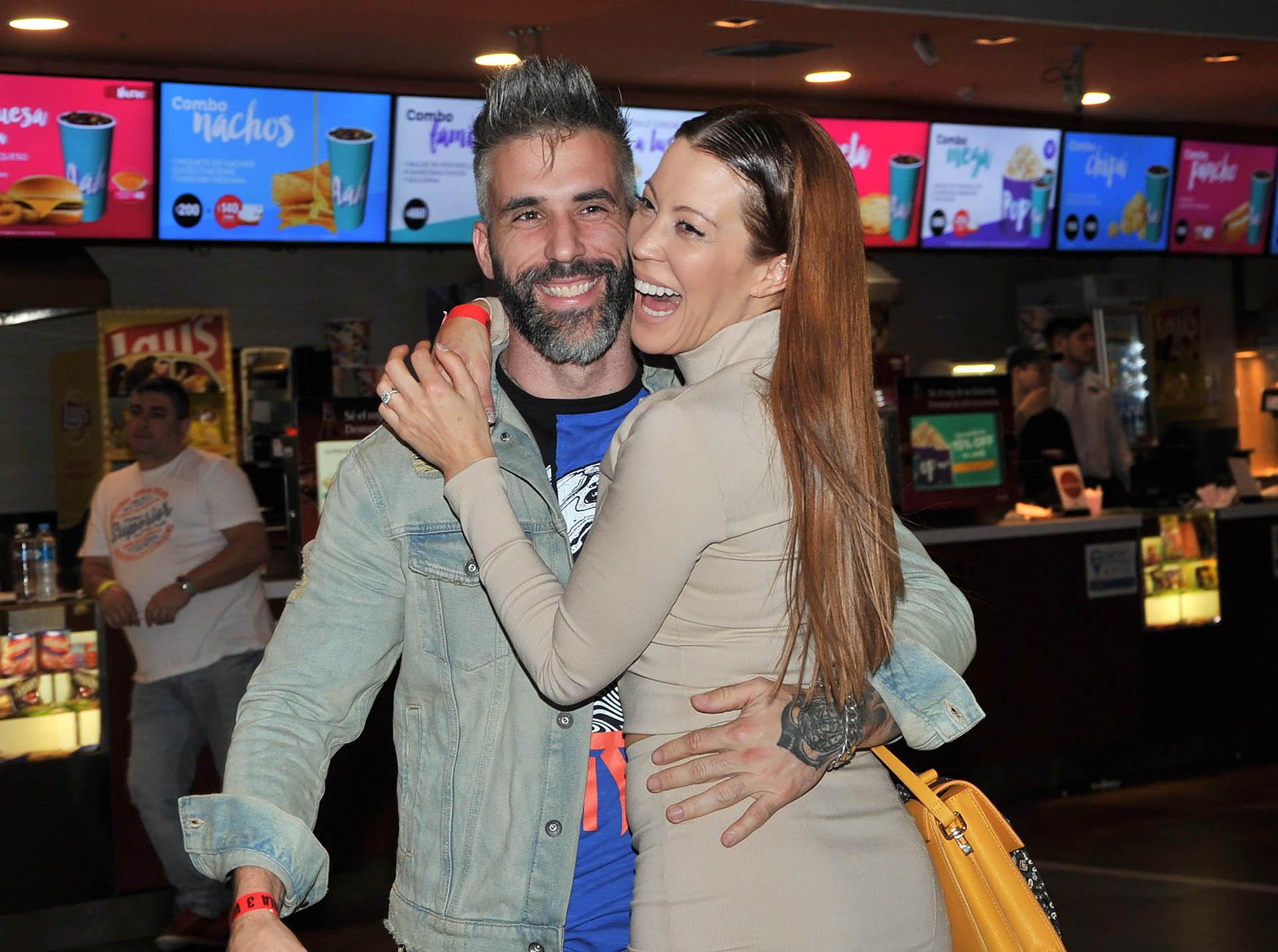 Miriam Lanzoni y su novio (Crédito: Vero Guerman/Teleshow)