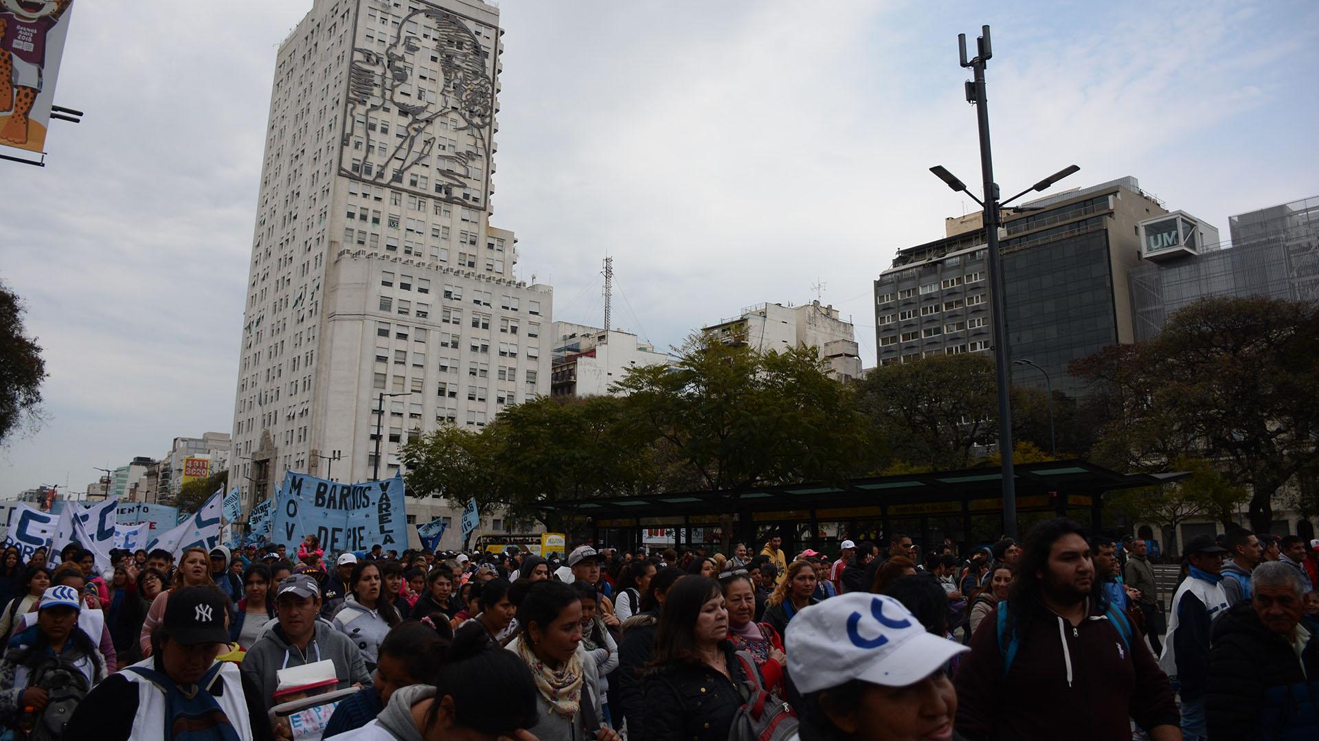 La protesta tuvo lugar frente al Ministerio de Desarrollo Social