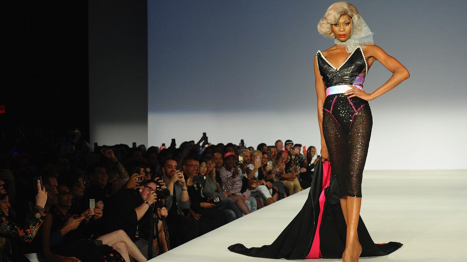 La actriz, modelo y escritora trans Dominique Jackson fue la gran musa del desfile de Marco Marco