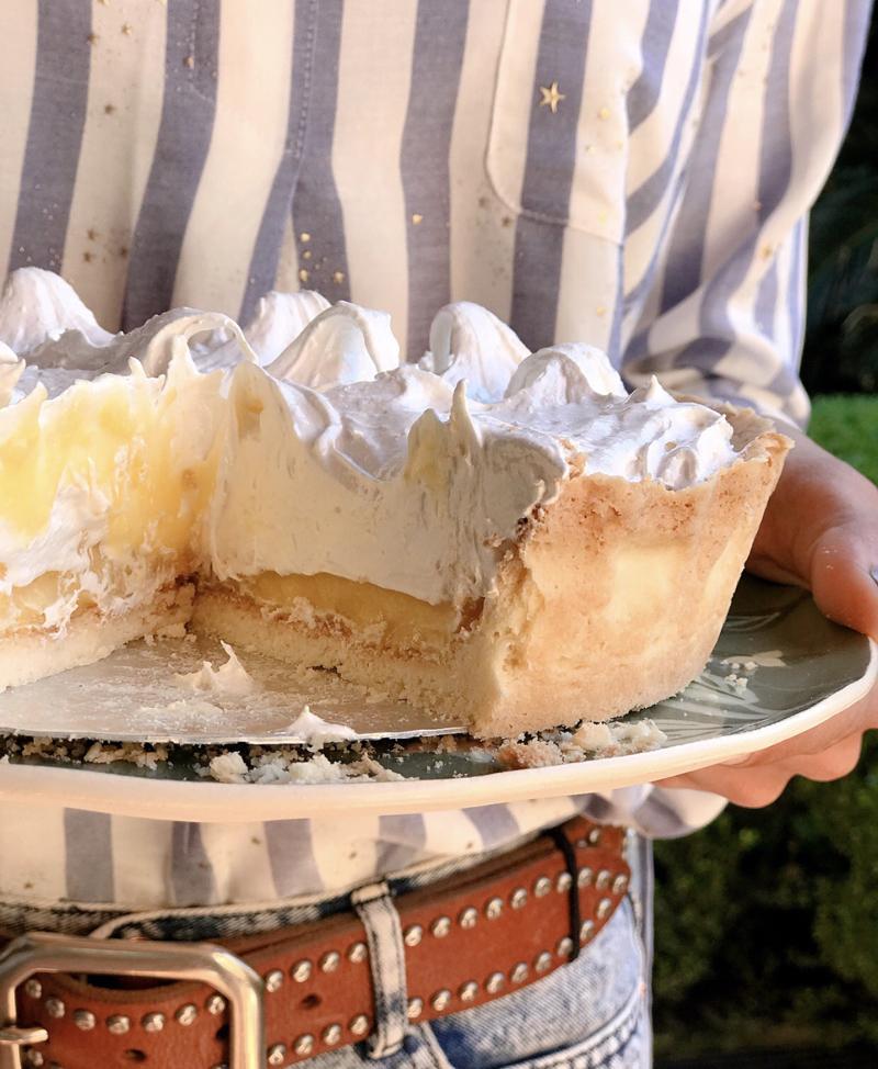 Lemon Pie, una de sus recetas estrella que la hizo especialmente para su papá. ¿La sorpresa? cambió la harina común por premezcla para repostería, sin gluten