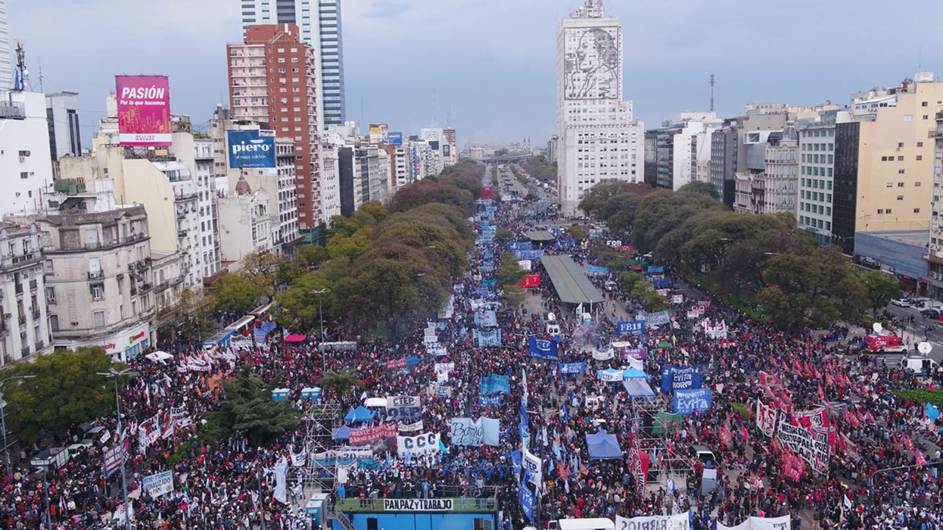 La CCC, la CTEP, Barrios de Pie y el Frente Darío Santillán fueron las principales agrupaciones de la marcha