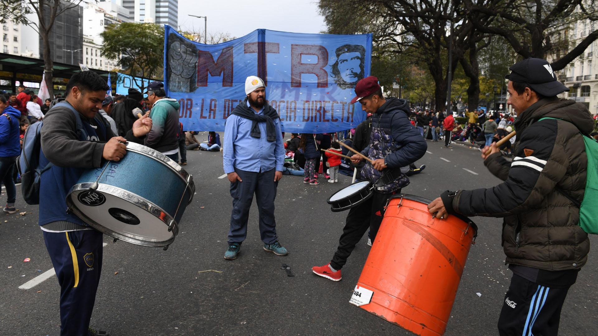 La protesta se multiplicó en otros lugares del país