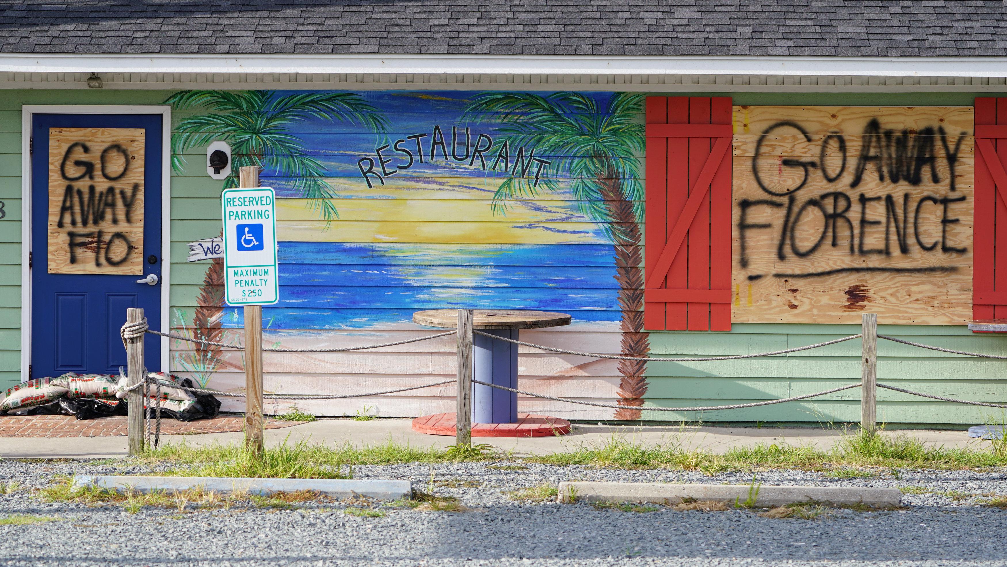 """""""Vete, Florence"""" fue el mensaje más repetido por los ciudadanos de la costa este"""