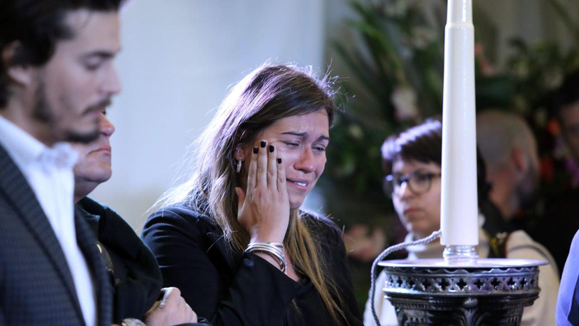 El auto del ex candidato presidencial se dirigía desde la ciudad de Río Cuarto hacia la ciudad de Córdoba cuando quedó incrustado debajo de un camión con acoplado