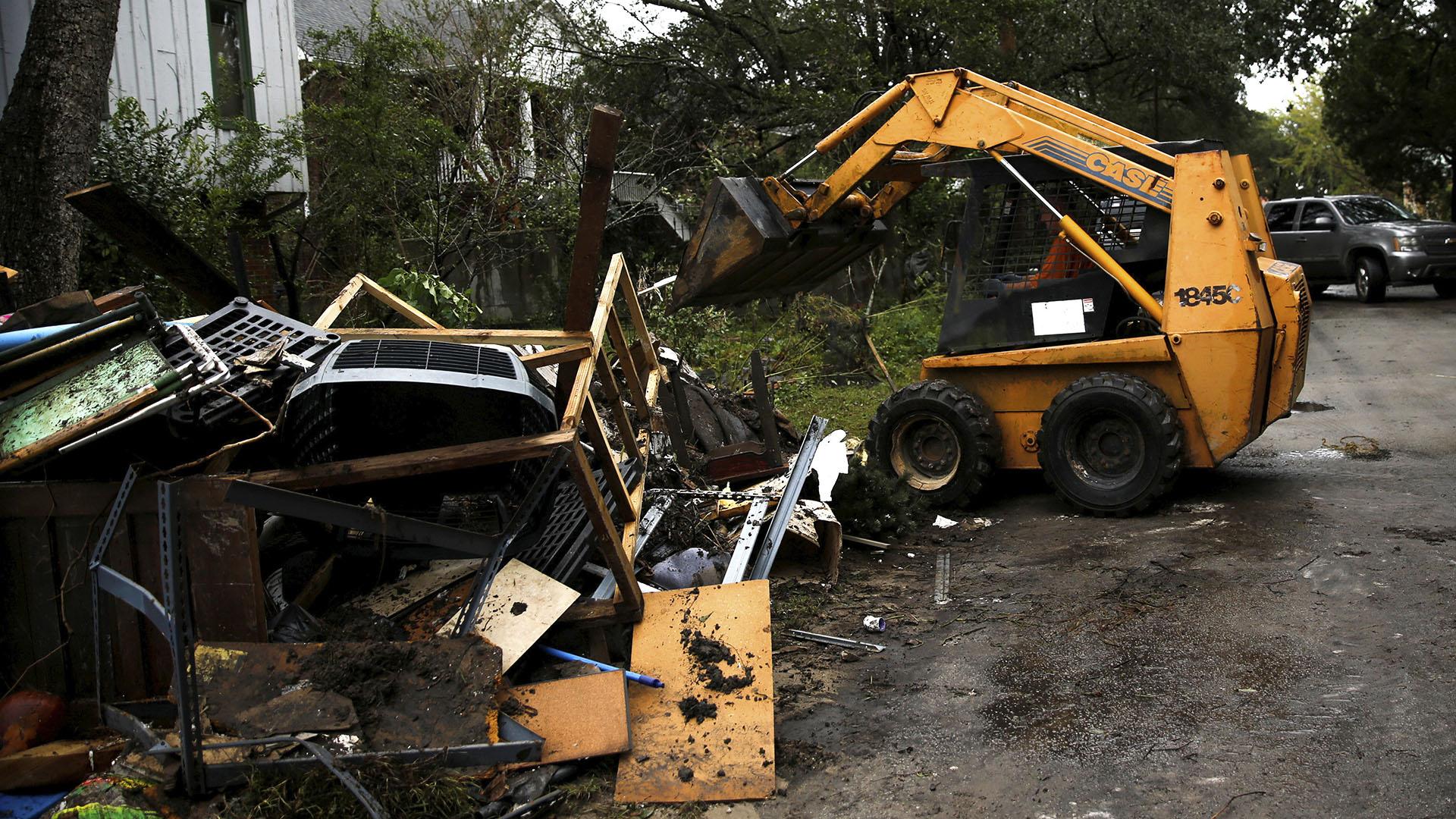 El huracán dejó graves daños en Carolinas del Norte (Reuters)