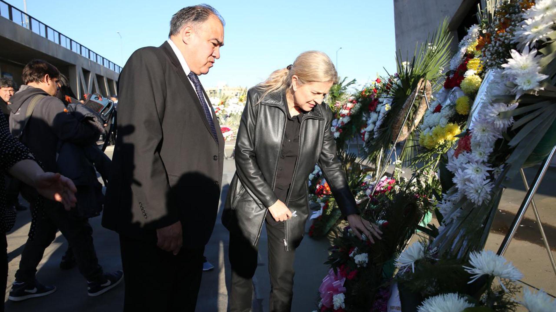 Su mujer, la diputada de Unión por Córdoba Adriana Nazario, viajaba en otro vehículo detrás de él yfue la primera en enterarse del accidente