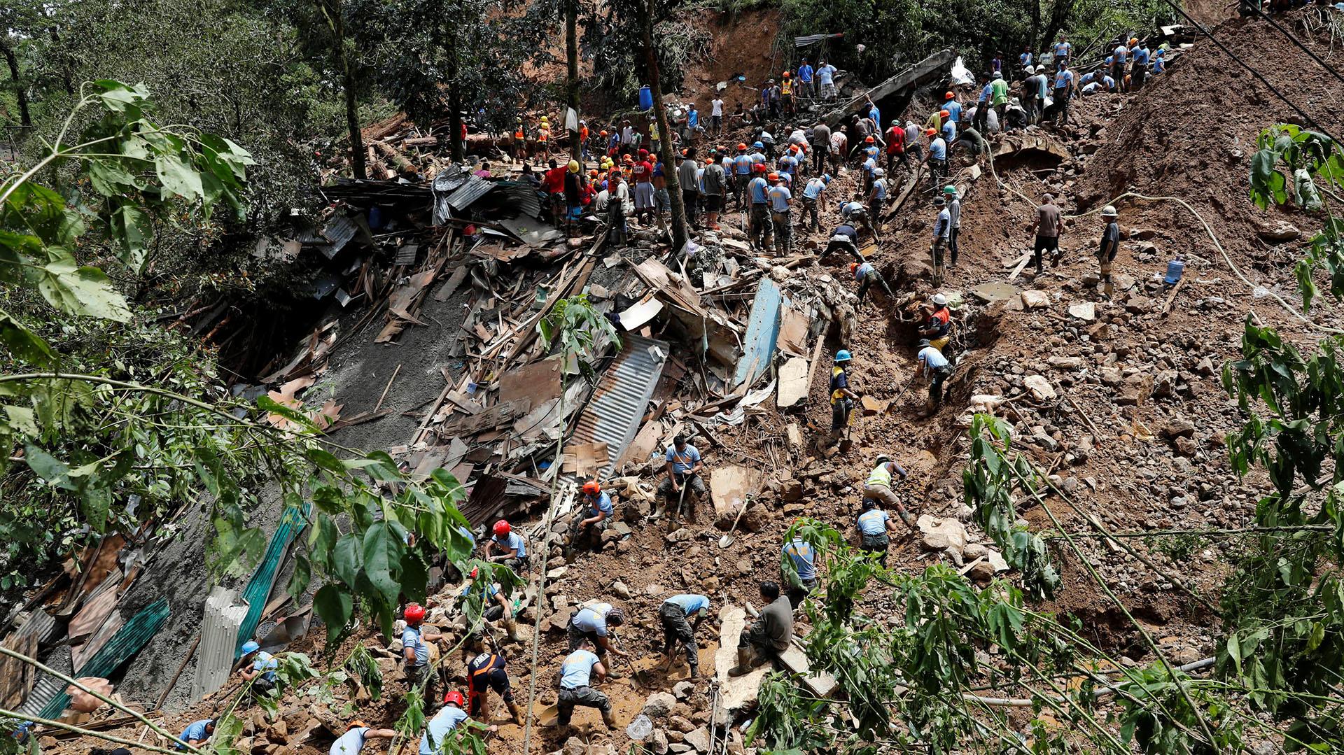 En septiembre, el tifón Mangkhut golpeó a China y Filipinas con vientos de hasta 330 kilómetros por hora. Dejó 133 muertos y destruyó unas 10 mil viviendas