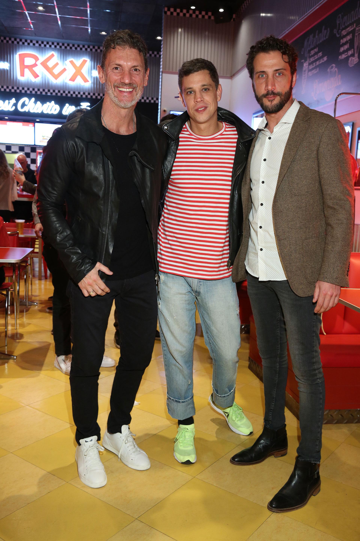Leo Mateu, PR de Red Carpet Agency, Ludovico Di Santo y Luciano Caceres