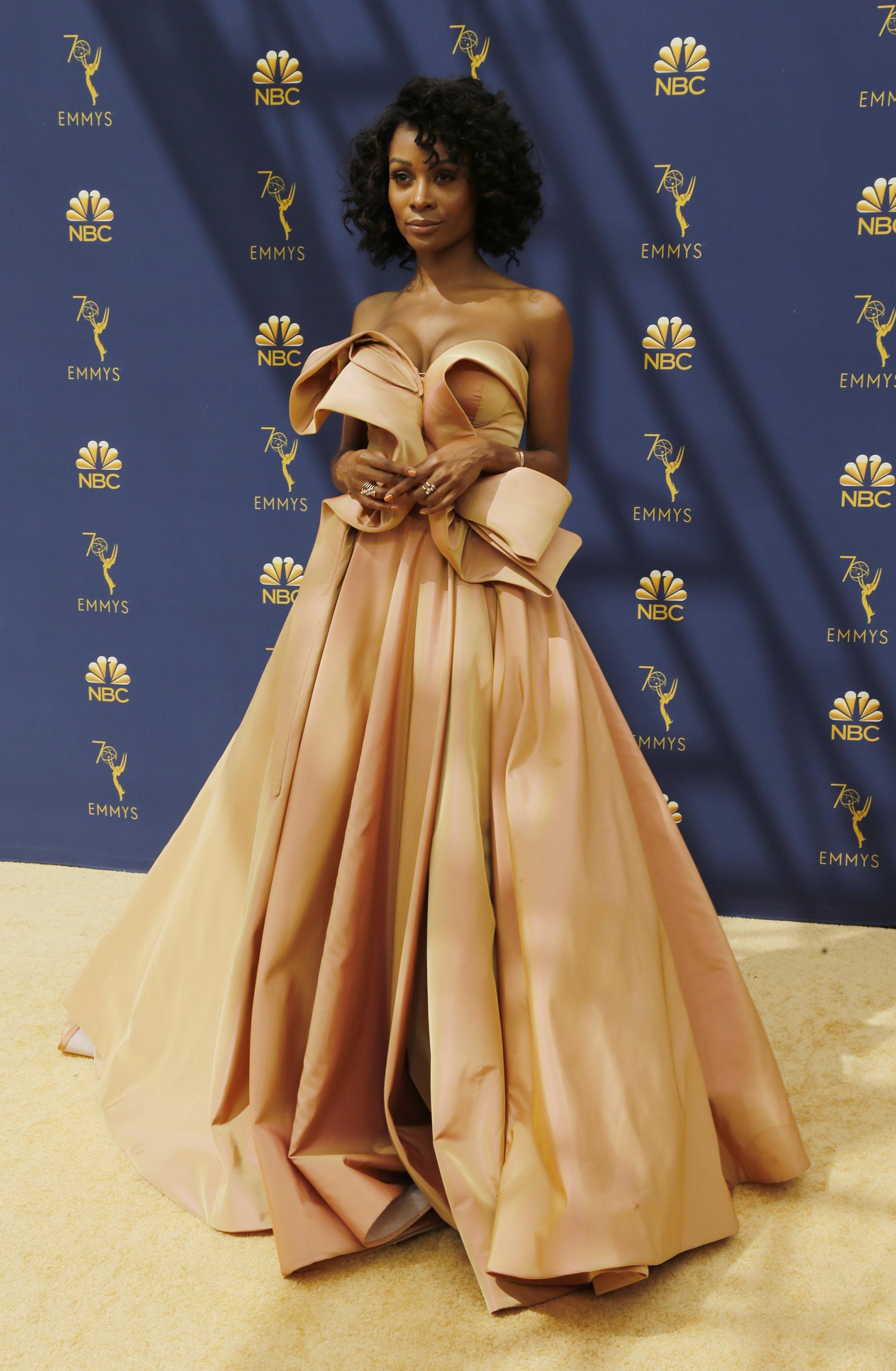 Zuri Hall, una de las más elegantes de la red carpet