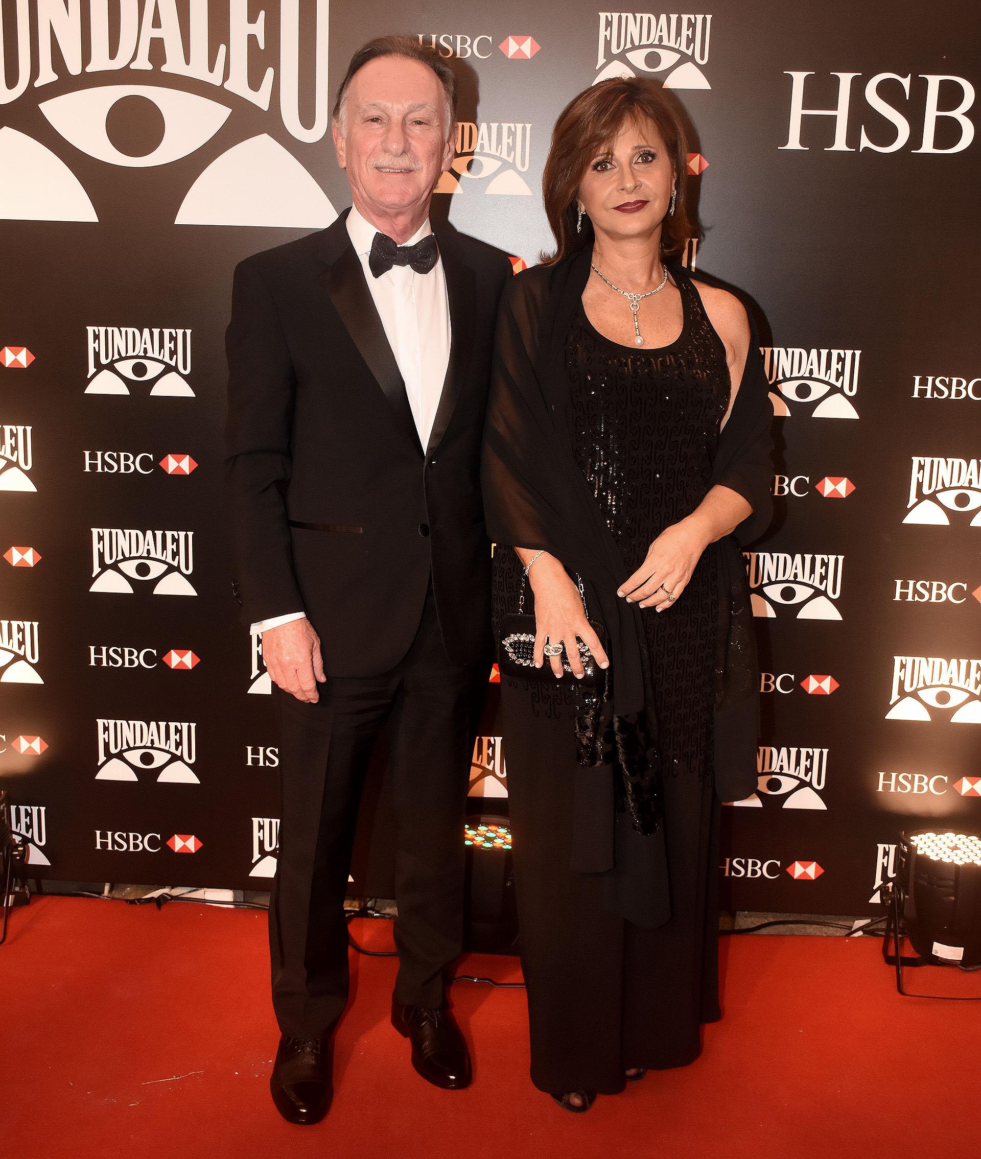 El presidente de la Cámara Argentina de la Construcción, Gustavo Weiss, y su mujer Myriam