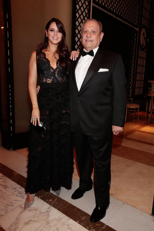 Néstor Abatidaga, director general corporativo del Grupo Sancor Seguros, y la conductora de televisión y directora creativa, Natalí Márquez