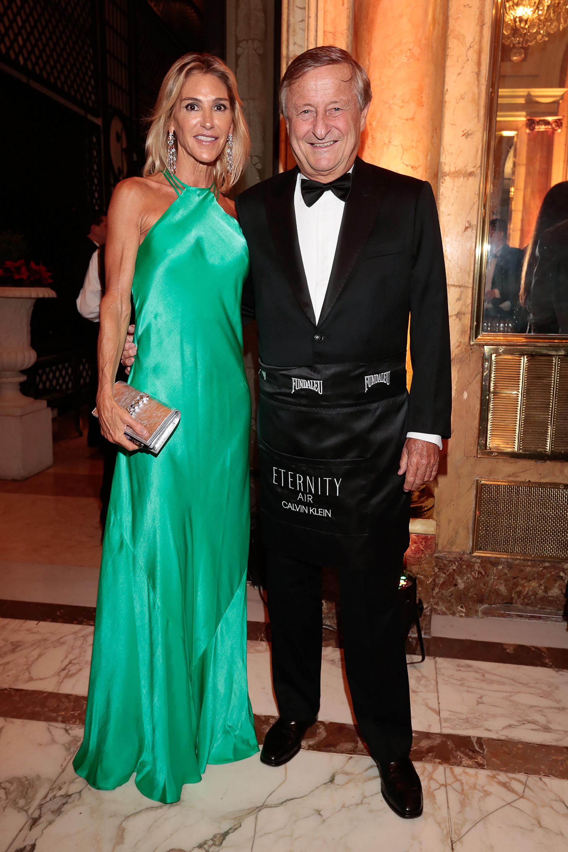 """Gabriela Castellani y Cristiano Rattazzi, uno de los """"Celebrity Waiter"""" de la gala"""
