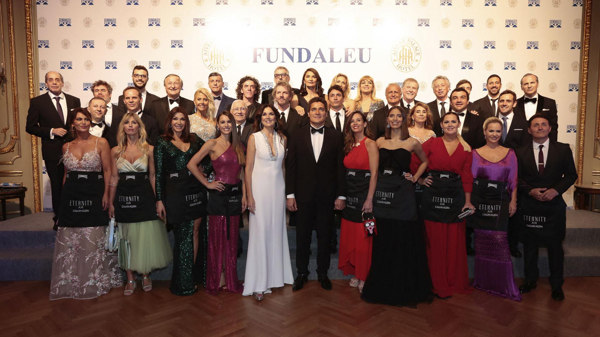 """Hace 23 años que las celebridades acompañan a Fundaleu en calidad de """"Celebrity Waiters"""" y se convierten en los protagonistas de una fantástica velada a favor de la vida"""