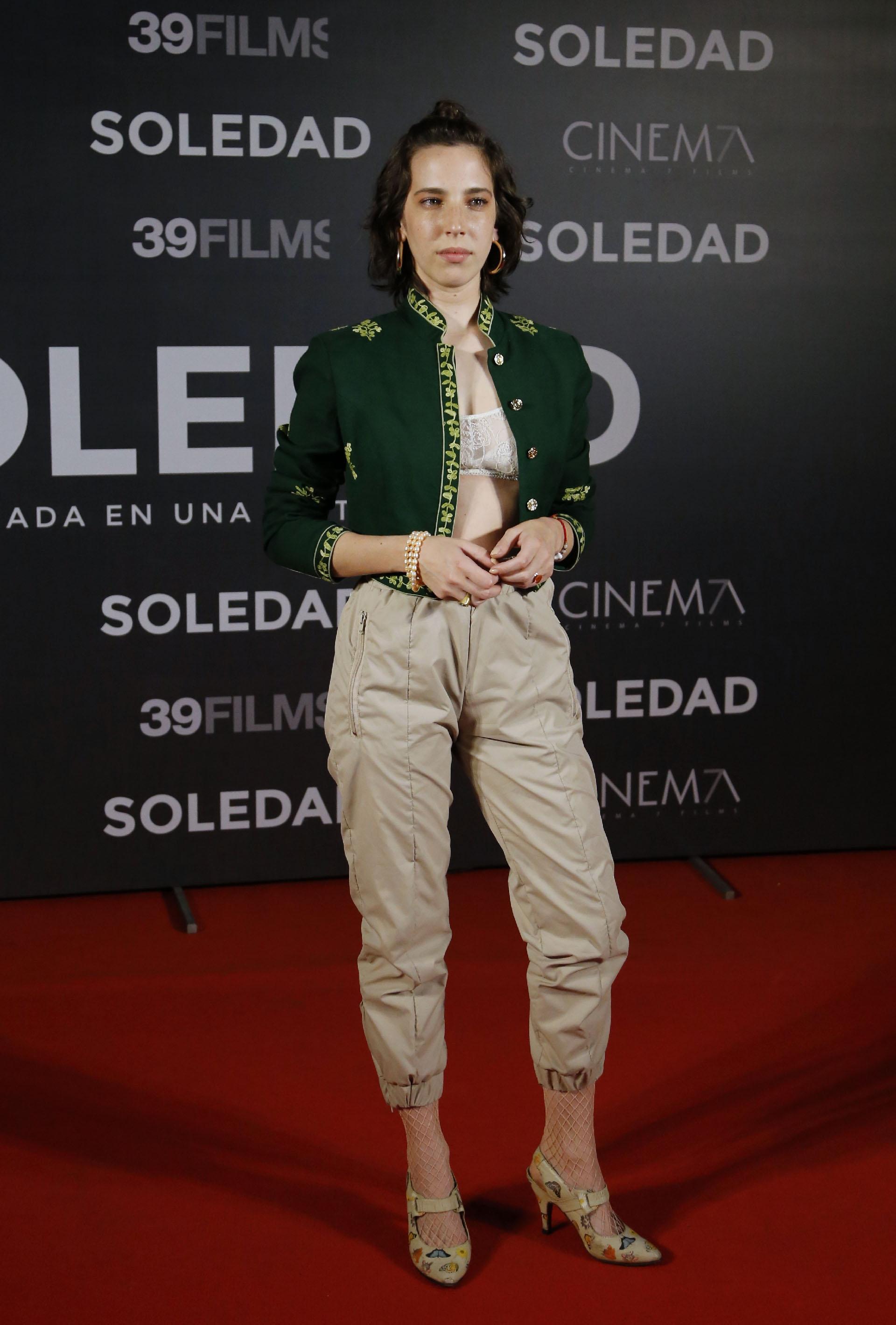 La película cuenta la historia de María Soledad Rosas (interpretada por Vera Spinetta), la joven argentina de 23 años cuyo suicidio la convirtió en un ícono del movimiento anarquista italiano