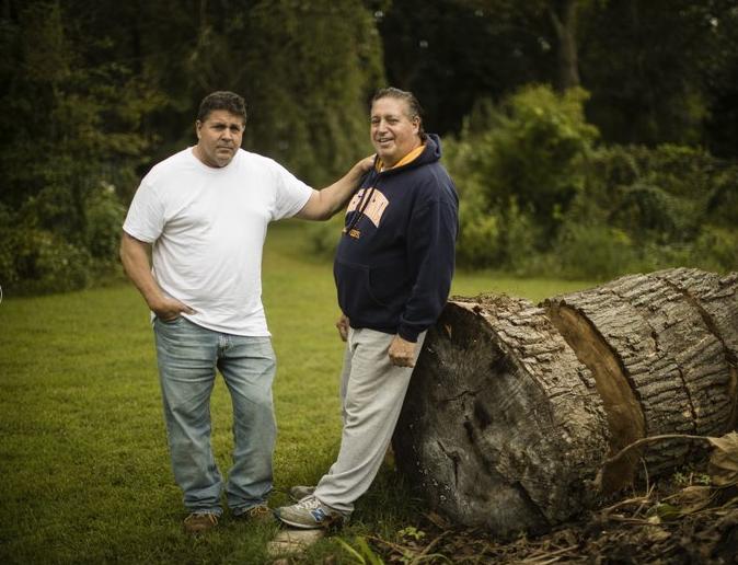 Anthony y su hermano Thomas Torres (Foto: AP)